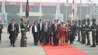 Presiden RI Joko Widodo beserta rombongan kenegaraan hendak bertolak dari Dhaka, Bangladesh menuju Kabul, Afghanistan (29/1/2018) (sumber: Biro Pers Kesekretariatan Presiden RI)