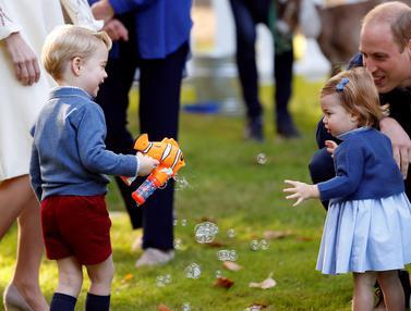20161001-Pangeran-George-Putri-Charlotte-Kanada-Reuters