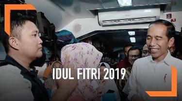 Presiden Jokowi mengucapkan selamat Idul Fitri untuk umat muslim Indonesia. Presiden berharap  Idul Fitri bisa jadi momen yang memperkuat persaudaraan dan kemajuan bagi bangsa dan negara.
