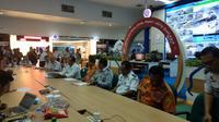 Menteri Perhubungan (Menhub) Budi Karya Sumadi yang menggelar konferensi pers terkait tenggelamnya KM Sinar Bangun. Foto (Liputan6.com/Maulandy)