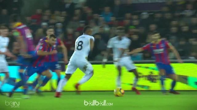 Berita video 6 gol terbaik Premier League pekan ke-19 yang diisi oleh Mesut Ozil dan Raheem Sterling. This video is presented by Ballball.