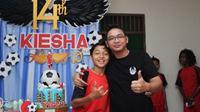 Kiesha Alvaro bersama Pasha Ungu [foto: instagram/adeliapasha]