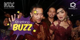 Lucu bukan gaya Arsy saat berjoget menggunakan aplikasi tik tok//Yap, demam tik tok kini tengah melanda seisi rumah Anang Hermansyah.