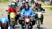 Pengendara sepeda motor bermesin diatas 250 cc saat ini diwajibkan memiliki SIM khusus (Liputan6.com/Yuliardi Hardjo)