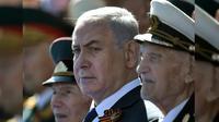 Perdana Menteri Israel Benjamin Netanyahu hadir dalam parade militer yang memeringati 73 tahun kemenangan Uni Soviet atas Nazi Jerman (Alexei Nikolsky, Sputnik, Kremlin Pool Photo via AP)