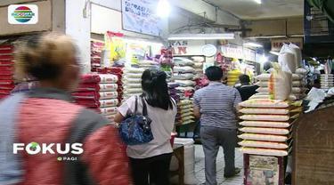 Presiden Jokowi minta Kemenko Perekonomian tengahi kisruh beras impor antara Mendag Enggartiasto Lukita dan Dirut Perum Bulog Budi Waseso.