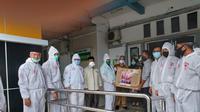 Satgas Lawan Covid-19 DPR RI Serahkan Bantuan APD ke RS Syekh Yusuf Gowa. (Ist)