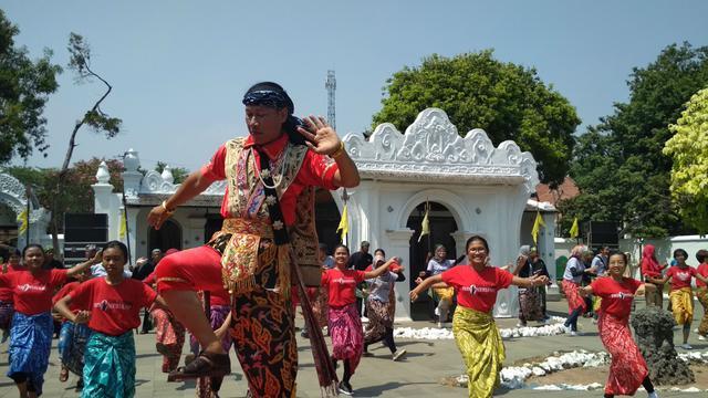 104 Gambar Rumah Adat Kasepuhan Cirebon Terbaru