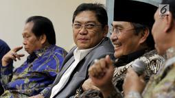 Wakil Ketua DPR RI dari Fraksi PDIP, Utut Adianto  dalam diskusi Dialektika Demokrasi di Kompleks Parlemen, Senayan, Jakarta, Kamis (2/8). Diskusi tersebut membahas 'Kinerja Legislasi DPR RI'. (Liputan6.com/Johan Tallo)