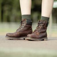 Simak cara memilih sepatu boot yang nyaman dan stylish (Foto: Timberland)