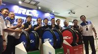 Jelang tutup tahun, IRC Tire merilis dua ban sepeda motor terbaru, yakni RMC830 dan EcoTrax (Septian/Liputan6.com)
