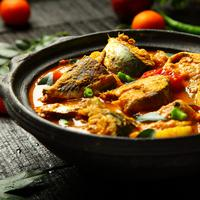 ilustrasi gulai tongkol/copyright by SAM THOMAS A (Shutterstock)