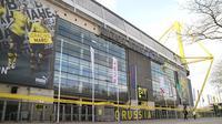 Bagian luar Signal Iduna Park, markas tim raksasa Jerman, Borussia Dortmund.  (Bola.com / Aditya Wicaksono)