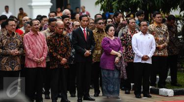 20160801-Jokowi Didampingi Megawati Buka Pameran Lukisan Koleksi Istana Negara-Jakarta