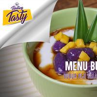 Nyammm! Yuk, bikin bubur biji salak ubi ungu untuk menu buka puasa sore nanti. (Fotografer: Nurwahyunan/DI: M. Iqbal Nurfajri/Chef: Arum Sari)