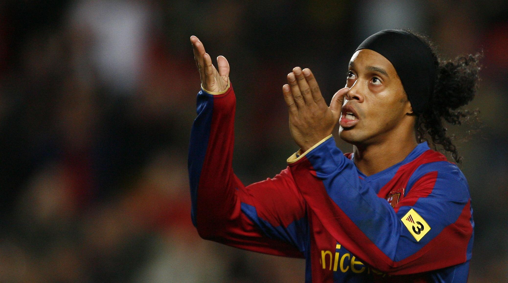 Ronaldinho. (AFP/Lluis Gene)