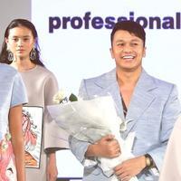 Tities Sapoetra Ikut Memamerkan Koleksi Bertajuk Malako di Fashion Nation 2018