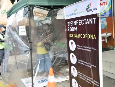 Cegah COVID-19, Pasar Jatinegara Dipasang Ruang Disinfektan