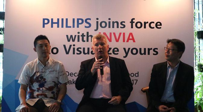 (tengah) Rob Fowler, Sales Director area Asia Pasifik untuk Philips Commercial Displays. Liputan6.com/ Dewi Widaya Ningrum