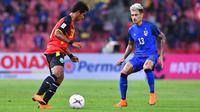 Bek Thailand, Philip Roller meyakini persiapan timnya untuk menghadapi Timnas Indonesia pada laga lanjutan Grup B Piala AFF 2018. (FA Thailand)