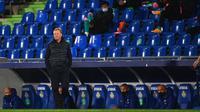 Pelatih Barcelona, Ronald Koeman. (AFP/GABRIEL BOUYS)