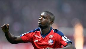Demi mendapatkan penyerang Lille, Nicolas Pepe, Liverpool siap membayar 70 juta poundsterling (Rp1,2 triliun). (AFP/Denis Charlet)