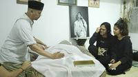 Ria Irawan meninggal dunia, Senin (6/1/2020) pagi, suasana di rumah duka, Jakarta Selatan (Bambang E Ros/Fimela)