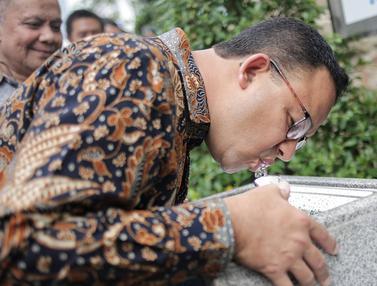 Anies Baswedan Resmikan Air Siap Minum