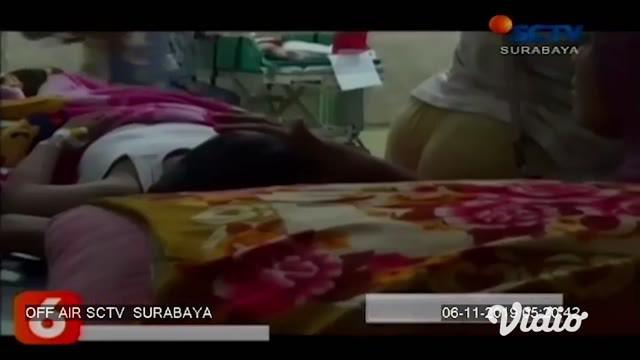 Jenazah Irza Almira siswi korban ambruknya atap SDN Gentong, Pasuruan, dimakamkan. Sebelumnya, korban yang masih berusia 8 tahun itu disemayamkan di rumah duka, Jalan Kiai Sepuh Gang SD, Gadingrejo, Kota Pasuruan.