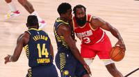 James Harden sudah tampil baik pada pertandingan melawan Indiana Pacers, tapi Houston Rockets tetap menelan kekalahan. (POOL / GETTY IMAGES NORTH AMERICA / Getty Images via AFP)