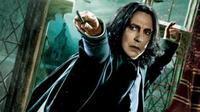 Alan Rickman sebagai Severus Snape di film Harry Potter. (Warner Bros)