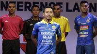 Pemain Persib Bandung, Beckham Putra berpose saat Peluncuran Shopee Liga 1 di SCTV Tower, Jakarta, Senin (13/5). Sebanyak 18 klub akan bertanding pada Liga 1 mulai tanggal 15 Mei. (Bola.com/Vitalis Yogi Trisna)
