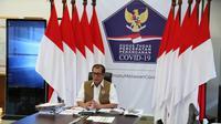 Kepala Gugus Tugas Percepatan Penanganan COVID-19 Doni Monardo menyampaikan strategi baru menanganani masalah COVID-19 dalam rapat tertutup Komisi VI DPR di Graha BNPB, Jakarta. Sabtu (2/5/2020). (Dok Badan Nasional Penanggulangan Bencana/BNPB)
