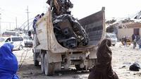 Bom mobil di Mogadishu, Somalia menewaskan hingga 76 orang. (AP)