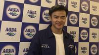 Dion Wiyoko saat ditemui pada jumpa pers Jelajah Kebaikan Aqua pada Jumat (1/11/2019) di Sheraton Grand Hotel, Jakarta Selatan. (dok. Liputan6.com/Novi Thedora)