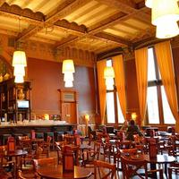 Restoran-restoran ini ada di dalam stasiun kereta api kota-kota besar Eropa.
