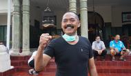 Wali Kota Solo, FX Hadi Rudyatmo usai mengikuti aksi tolak bala usir corona dengan cukur gundu di Lojo Gandrung, Solo, Rabu (25.3).(Liputan6.com/Fajar Abrori)