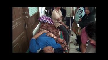 Dua peserta pengajian di Dharmasraya, Sumatra Barat, tewas usai melahap sayur rebung dan lontong yang diduga telah basi.