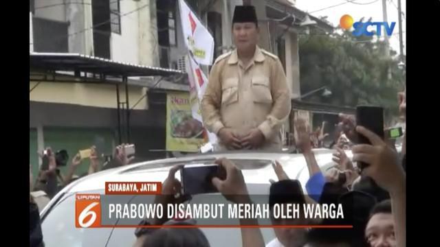 Dalam safari politik di Surabaya, Prabowo Subianto kunjungi Pondok Pesantren Majelis Taklim Tambak Deres  dan tengok Ahmad Dhani.