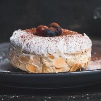 ilustrasi almond cake/Photo by Jordane Mathieu on Unsplash