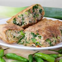 Martabak camilan lezat di sore hari/copyright: shutterstock