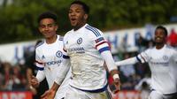 Penyerang Chelsea, Kasey Palmer, merayakan gol ke gawang PSG pada final UEFA Youth League 2015-2016. (dok. UEFA)