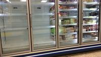 'Ice Bucket Challenge' buat stok es batu di supermarket Inggris kosong.