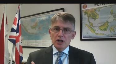 Duta Besar Inggris untuk Indonesia dan Timor Leste, Owen Jenkins dalam pembukaan Konferensi Perlindungan Data dan Keamanan Siber untuk para pemangku kepentingan pada 15 Juni 2021.