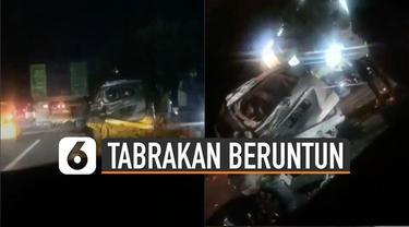 Kecelakaan melibatkan kurang lebih 8 mobil di area Monumen Jogja Kembali (Monjali).