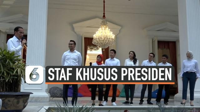 Presiden Joko Widodo atau Jokowi mengumumkan nama-nama staf khusus yang akan membantunya selama lima tahun ke depan. Ada tujuh nama staf khusus baru yang diperkenalkan Jokowi ke publik.