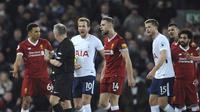 Liverpool bermain 2-2 melawan Tottenham Hotspur di Stadion Anfield, Senin (5/2/2018) dini hari WIB. (AP/Rui Vieira)