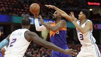 Pemain Cavaliers JR Smith saat melawan Charlotte Hornets di lanjutan NBA (AP)