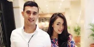 Sebuah akun gosip mengunggah foto Citra Kirana dan Ali Syakieb di sebuah restoran Bandara I Gusti Ngurah rai Bali.