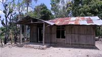 Balai Dusun Aitemuk, di Desa Fatulotu, Kabupaten Belu, Provinsi Nusa Tenggara Timur. (Liputan6.com/Indosiar)